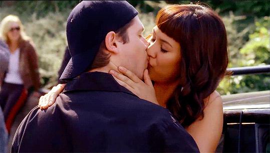 Jay and Manny kiss
