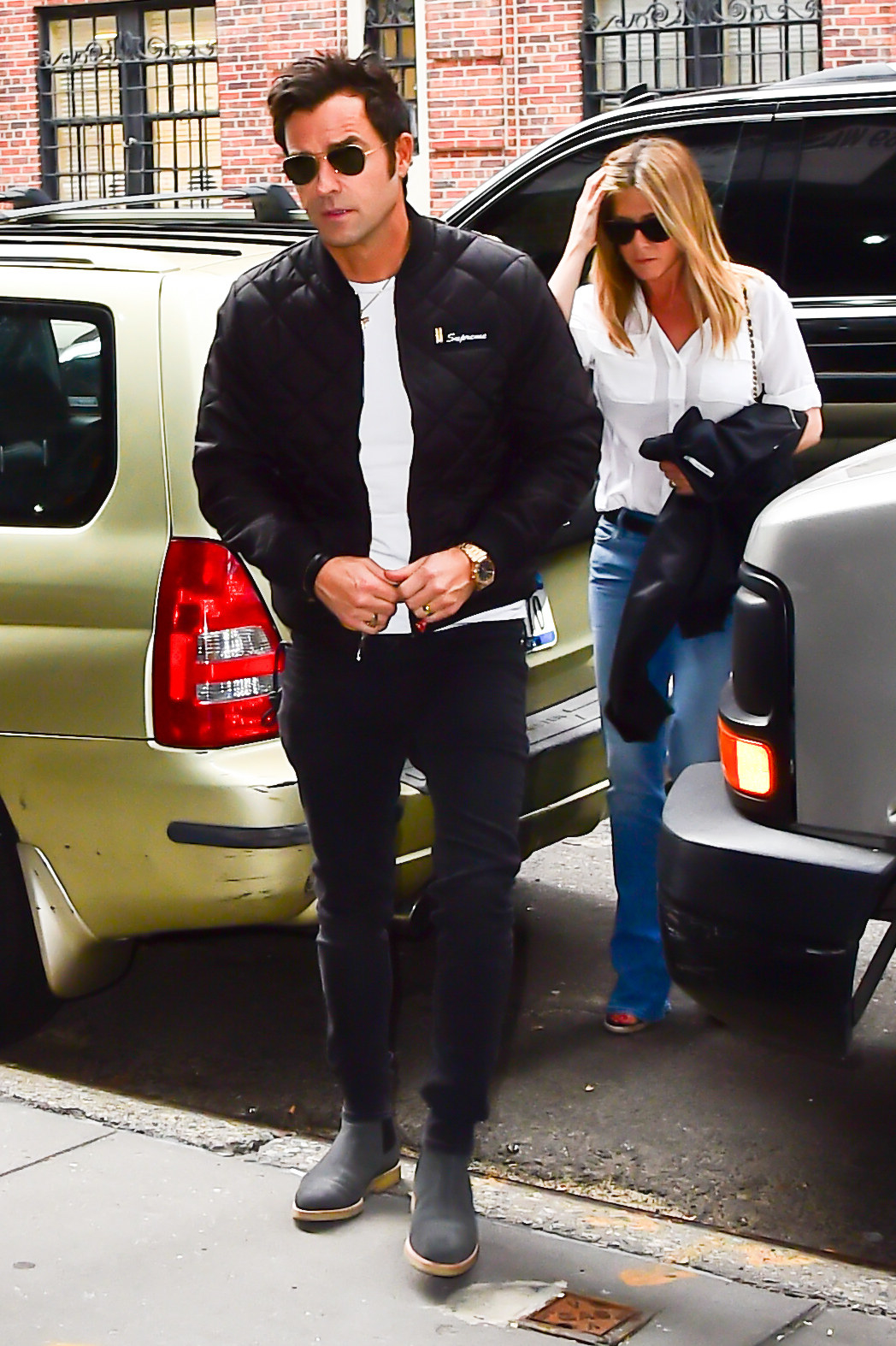 Theroux and Aniston in New York City in 2016
