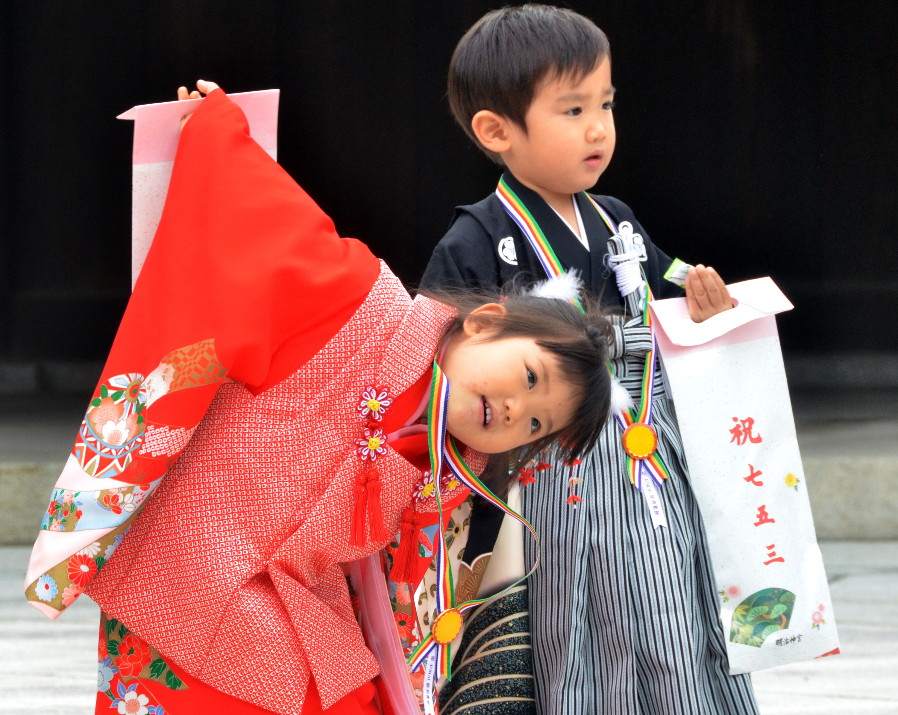 Japaese children wear traditional gowns