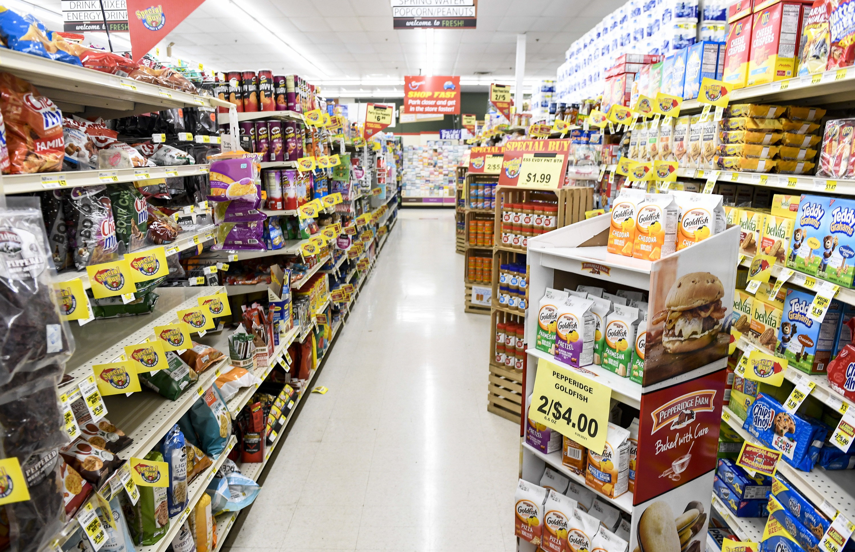 A grocery aisle