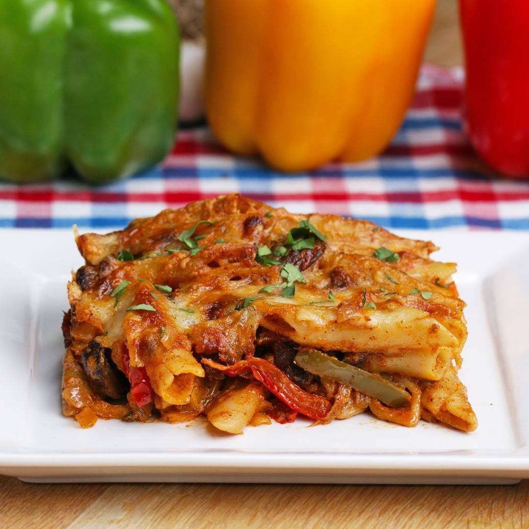 Fajita pasta bake with vegetables.
