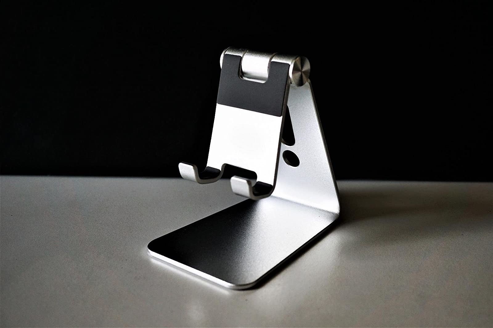 the silver phone holder