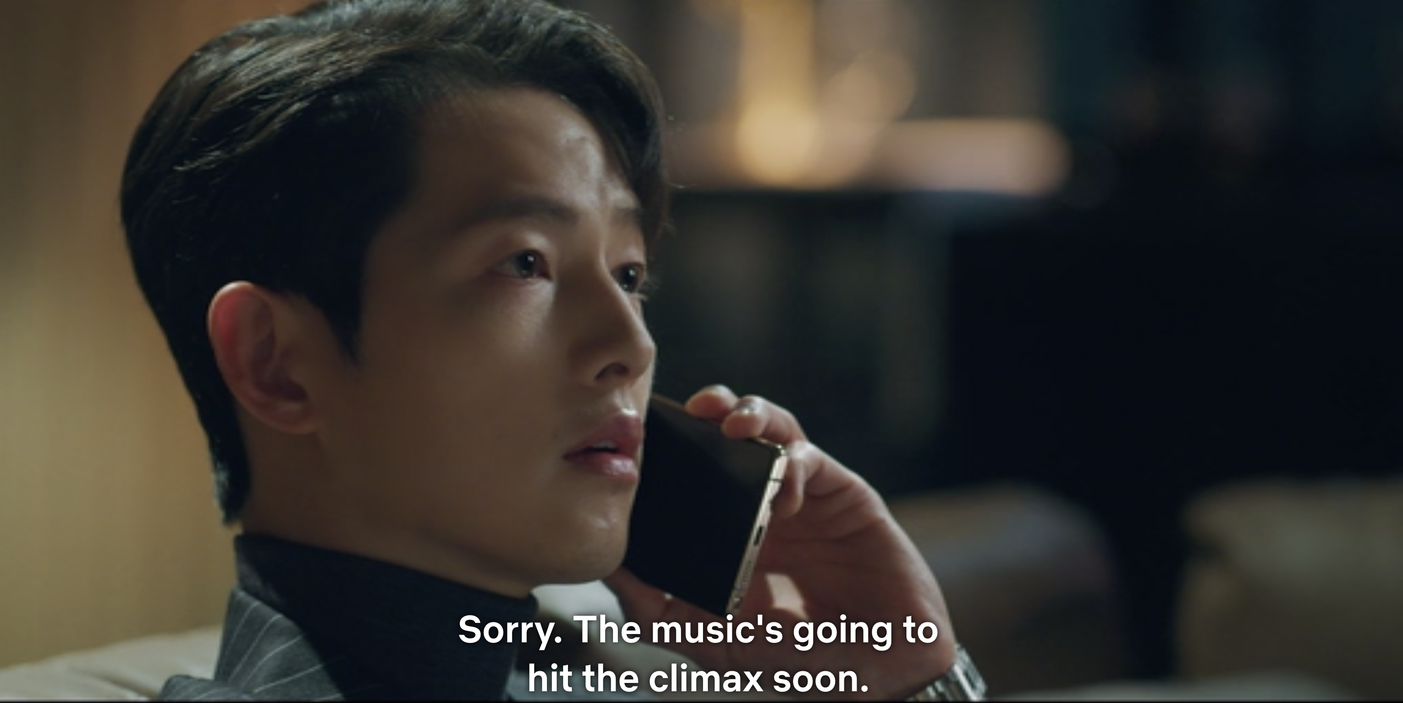 Vincenzo says 'sorry, the music's going to hit the climax soon' and hangs up on Jang Han-seok