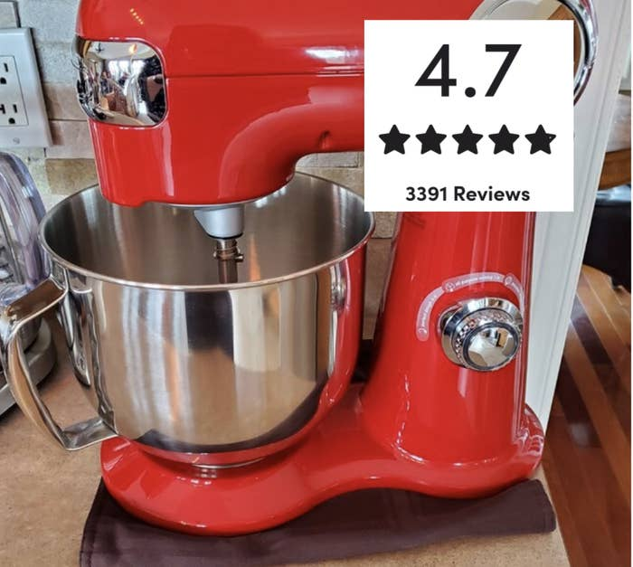 Reviewer's picture of the stand mixer in red