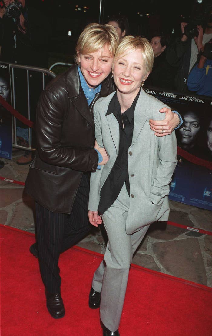 Ellen DeGeneres and Anne Heche at the premiere for Sphere in 1998