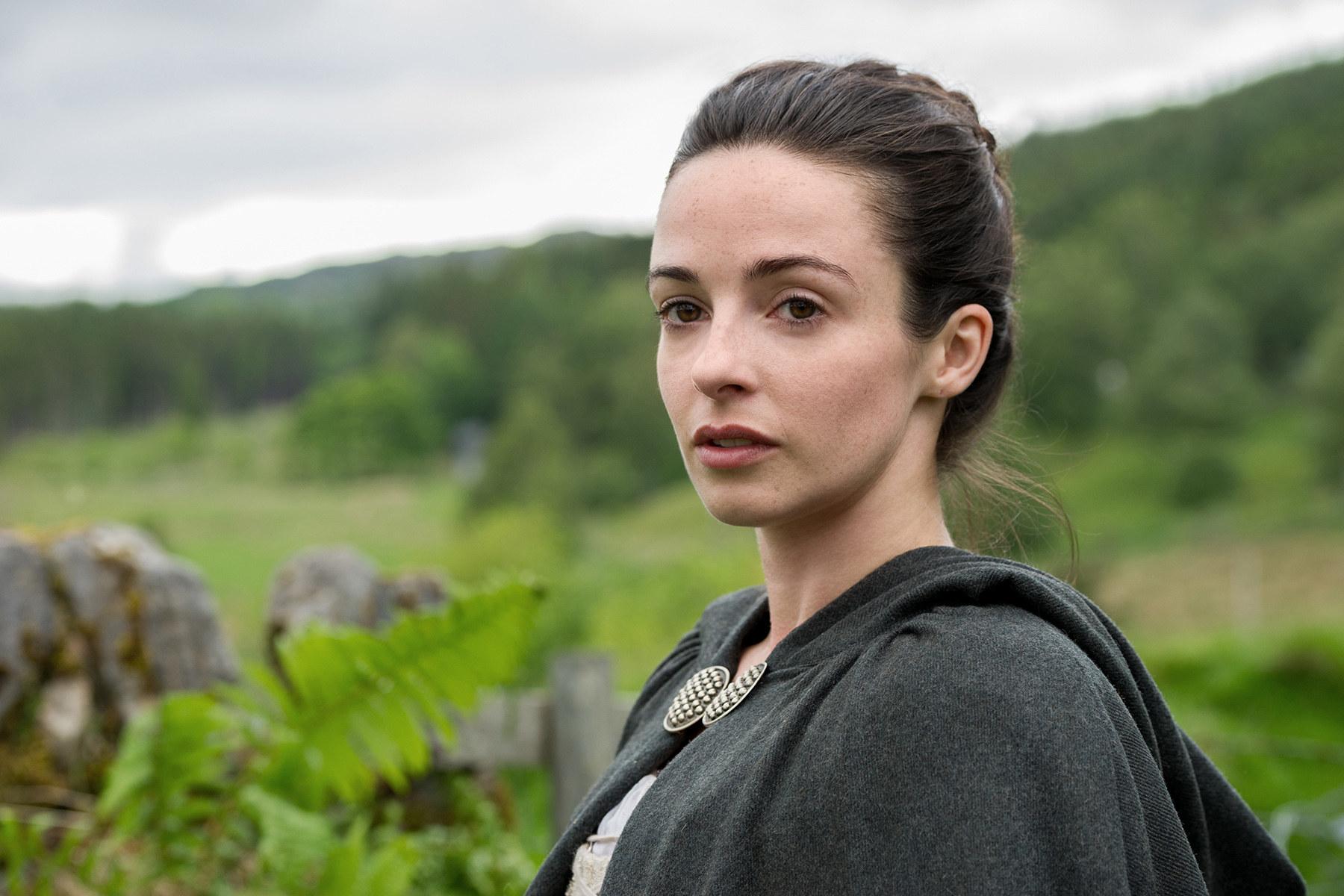 Jenny in Outlander