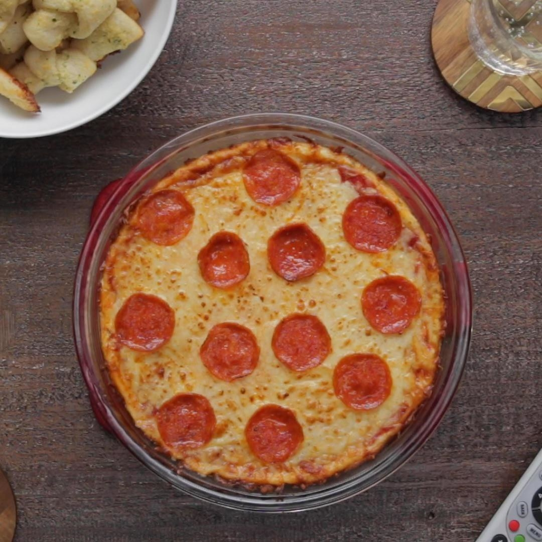 Pepperoni Pizza Dip With Garlic Knots