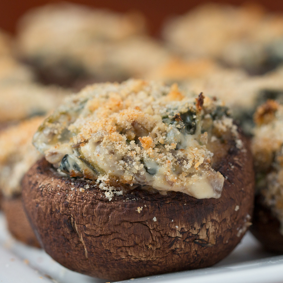 Creamy Spinach-Stuffed Mushrooms