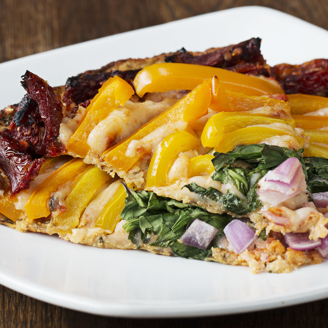Rainbow cauliflower pizza