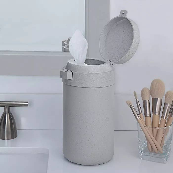 The gray wipes canister