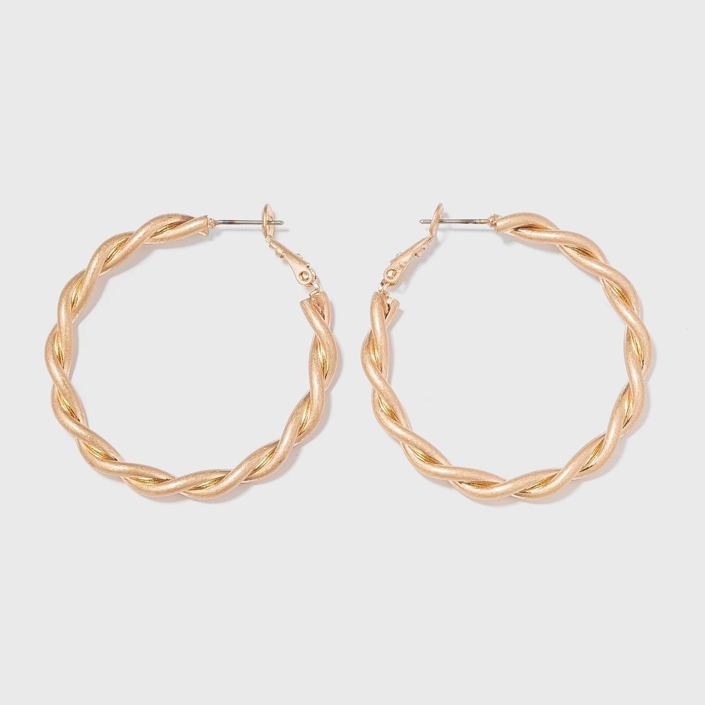 Round gold hoop earrings