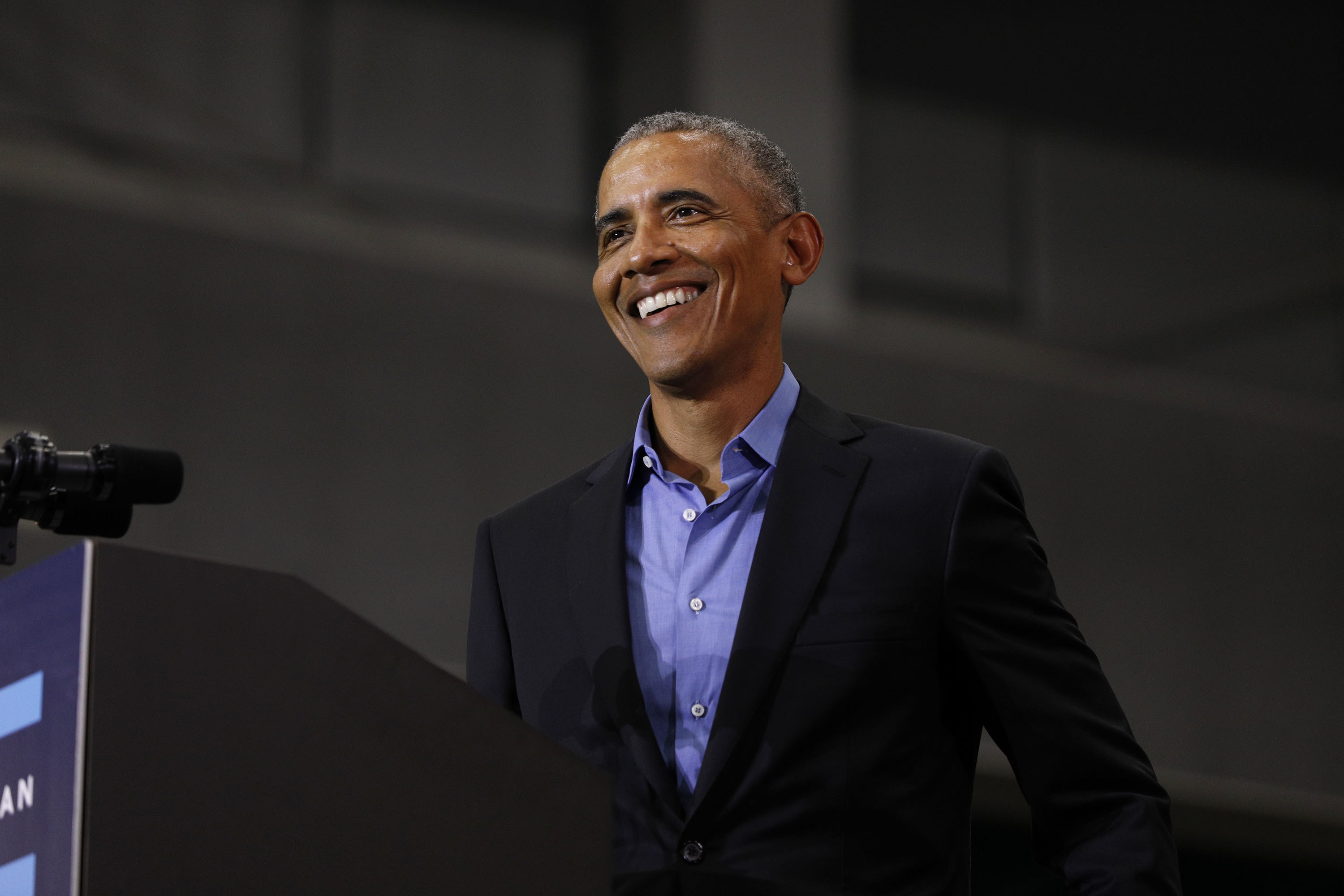 Obama speaks at a rally in 2018