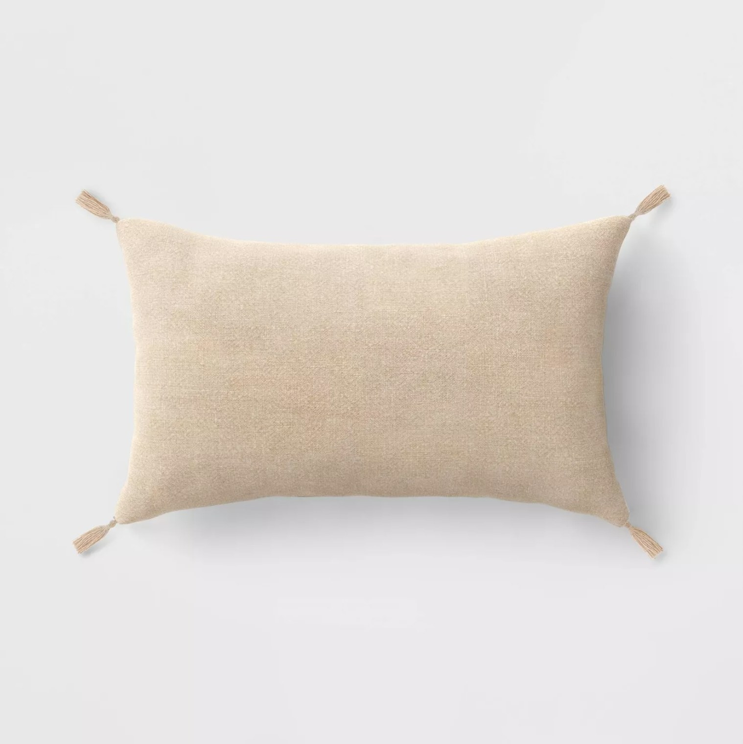 The pillow in the color neutral