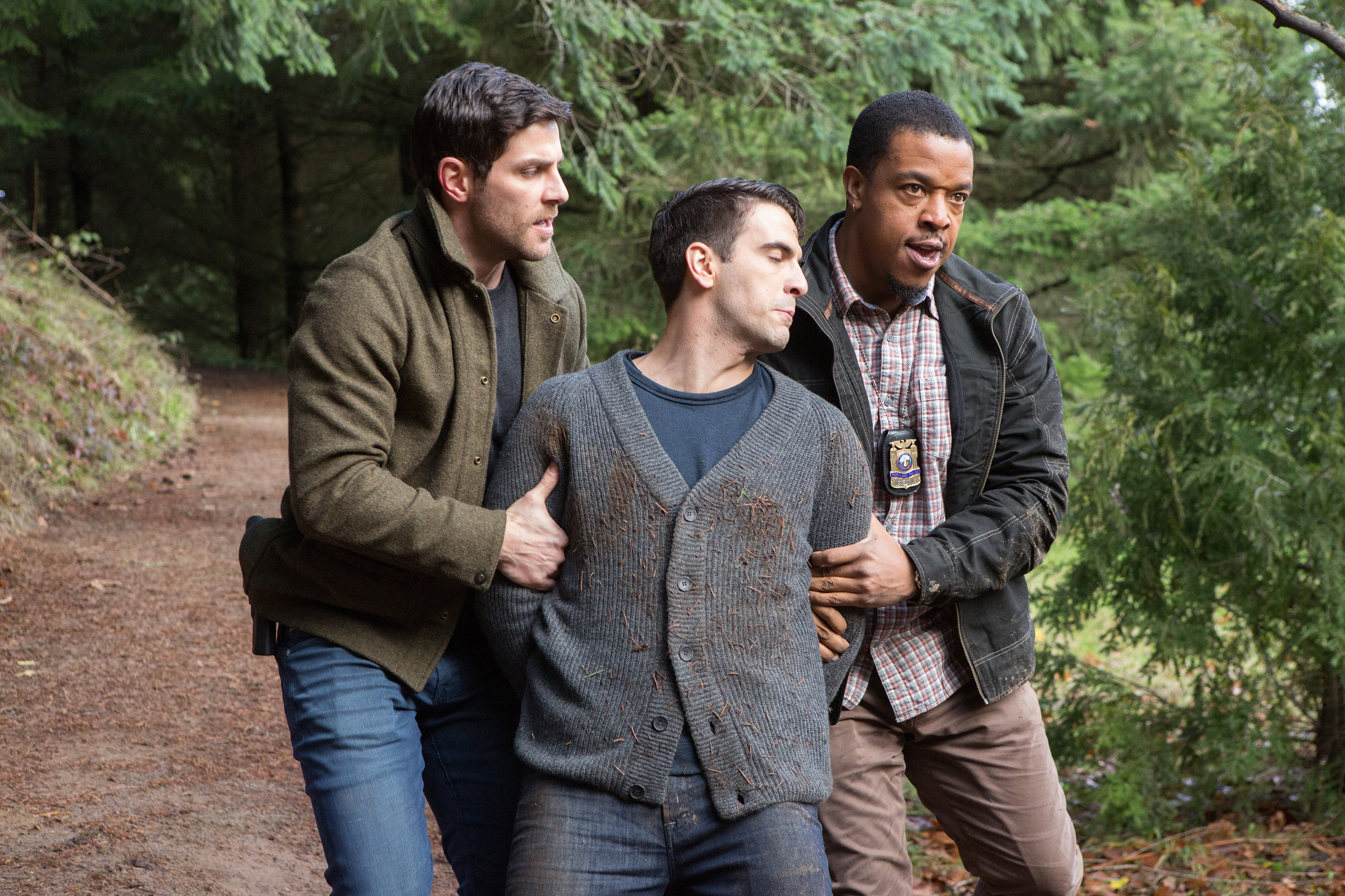 GRIMM, l-r: David Giuntoli, Russell Hornsby in 'Lycanthropia' (Season 5, Episode 14, aired March 25, 2016)