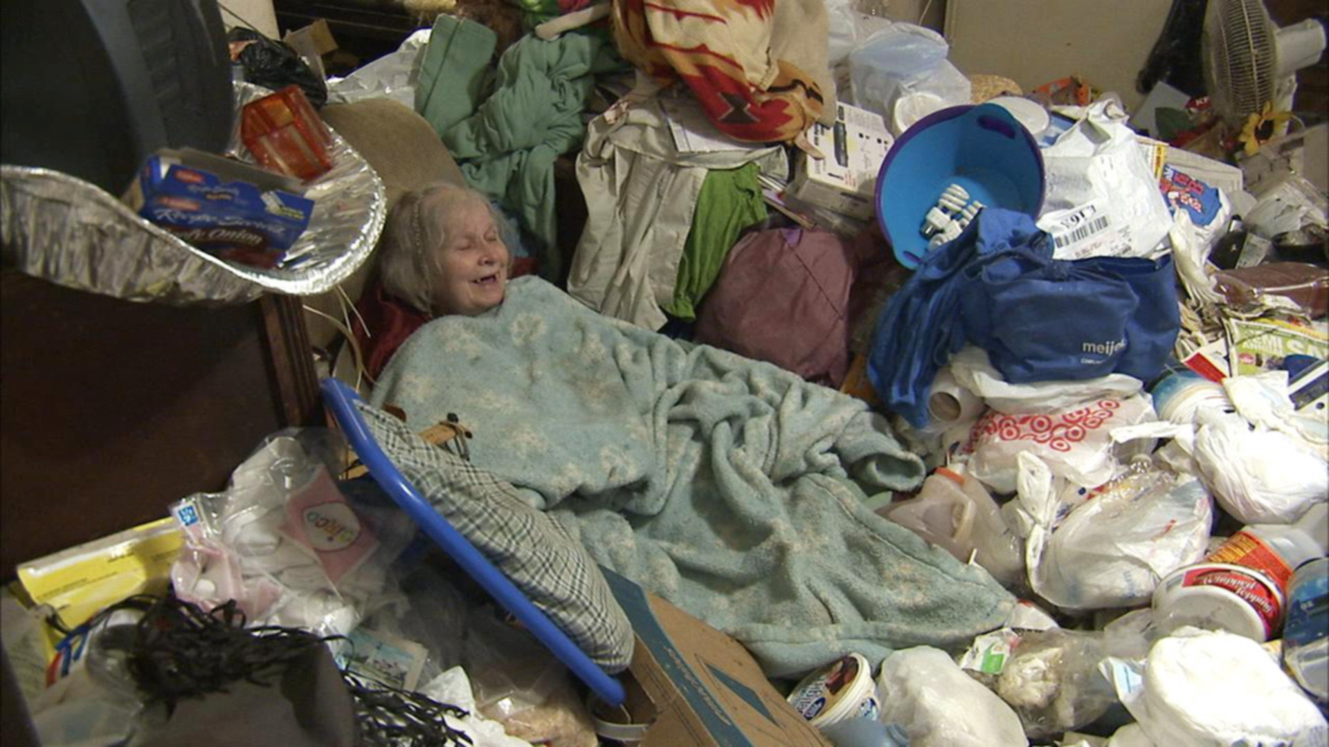 HOARDERS, Janet, 'Phyllis/Janet', (Season 4, aired June 20, 2011), 2009-