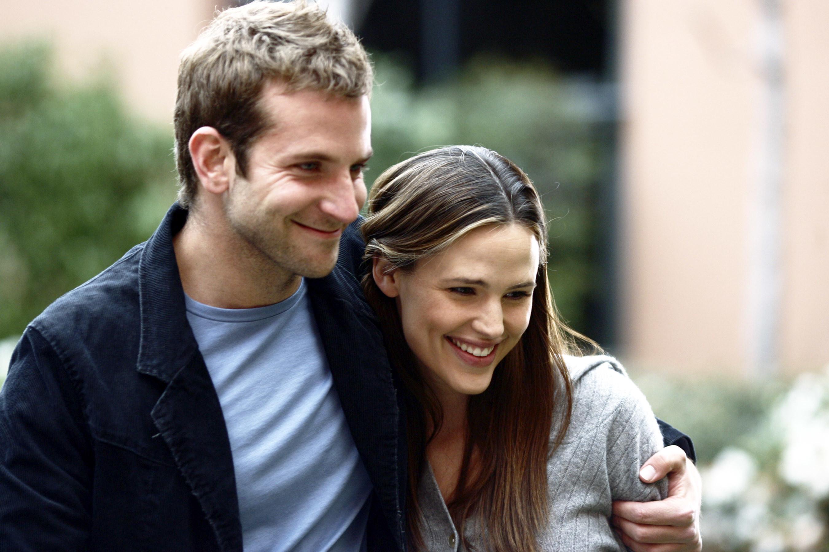 ALIAS, Bradley Cooper, Jennifer Garner, 'There's Only One Sydney Bristow' (Season 5, aired April 26, 2006)