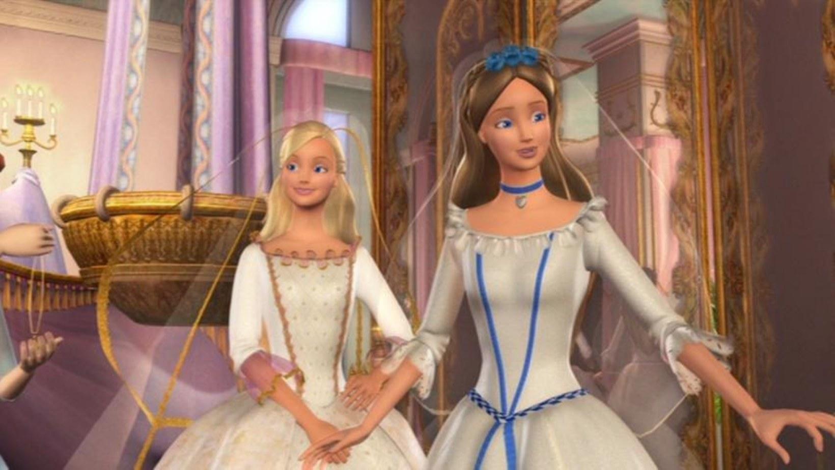 Anneliese and Erika wearing matching wedding dress