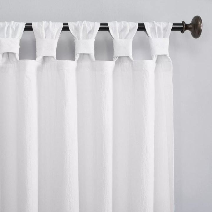 The curtains close-up