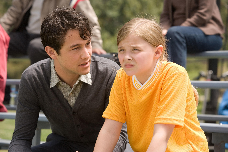 """Joseph Gordon-Levitt and Chloë Grace Moretz in """"(500) Days of Summer"""""""