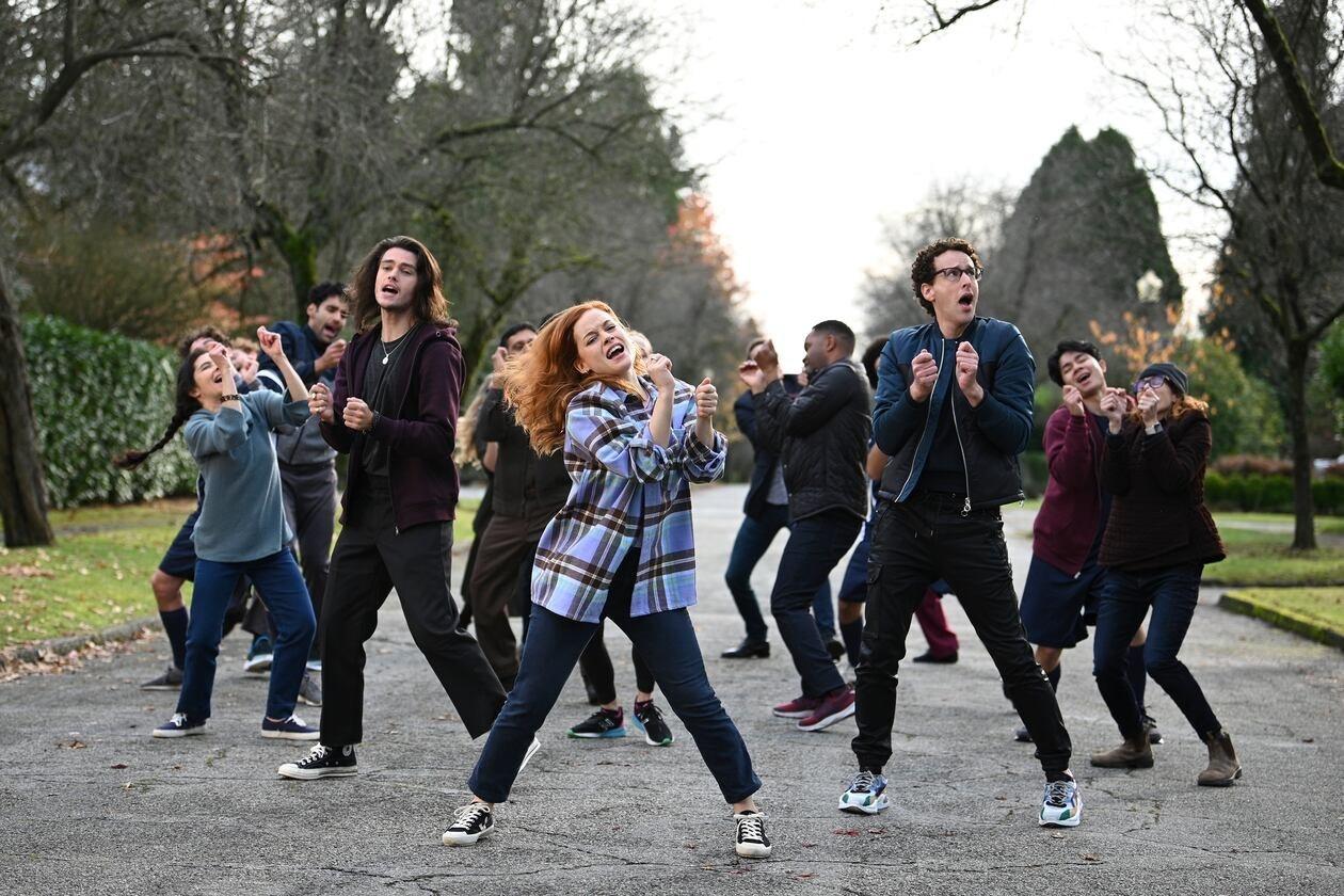 Aiden, Zoey, and Danny Michael Davis dancing
