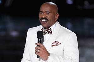 Steve Harvey hosts the 2015 Miss Universe Pageant