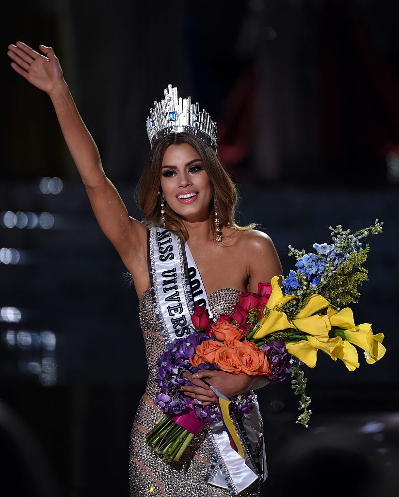 Miss Colombia 2015, Ariadna Gutierrez Arevalo, reacts after being crowned the new Miss Universe when host Steve Harvey mistakenly named her the winner instead of first runner-up