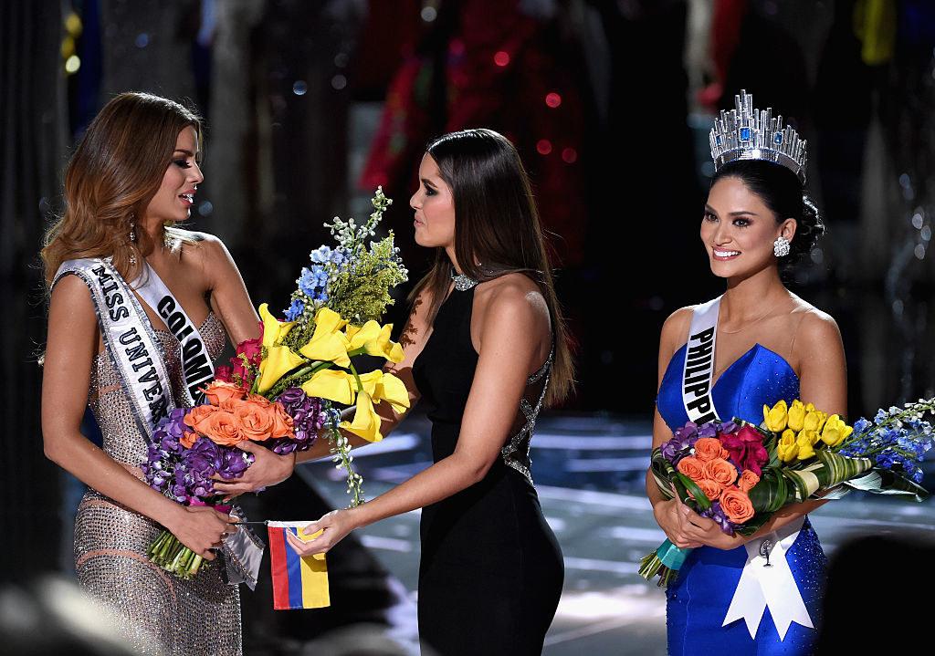(L-R) Miss Colombia 2015, Ariadna Gutierrez Arevalo, Miss Universe 2014 Paulina Vega and Miss Phillipines 2015, Pia Alonzo Wurtzbach, react