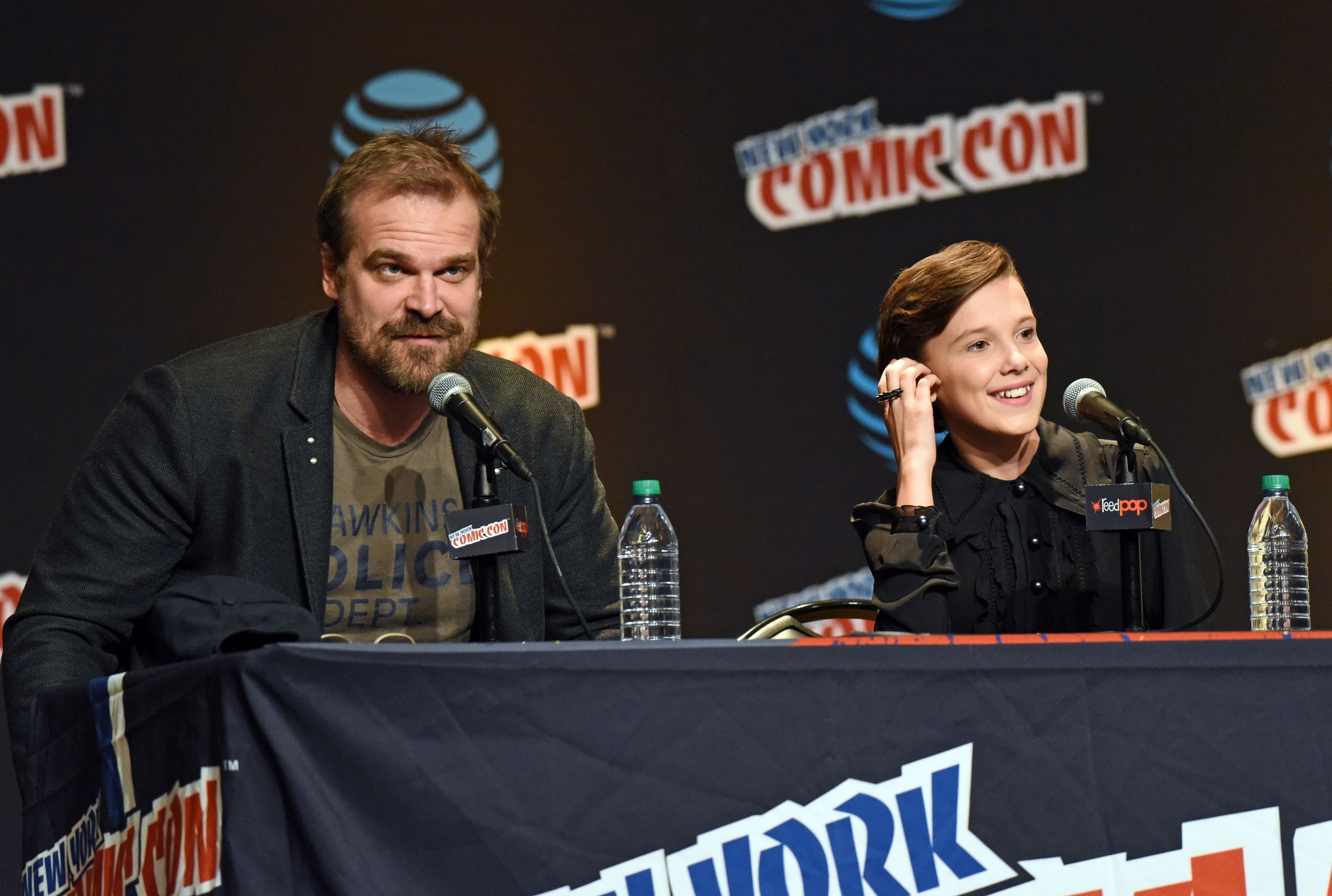 Harbour and Brown at the Comic Con Stranger Things panel