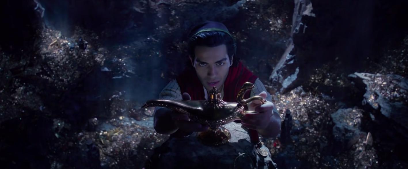 "Aladdin touching the genie lamp in the ""Aladdin"" remake"