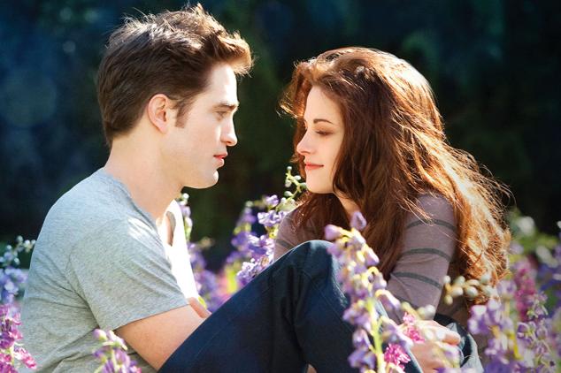 Bella and Edward in a flower field