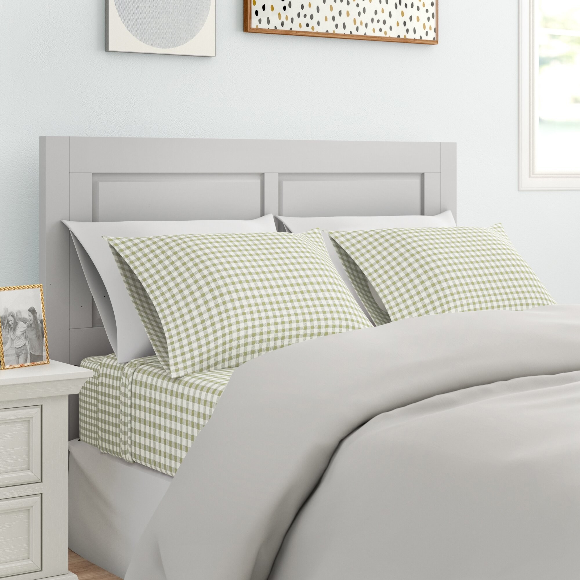 Gingham sheets on bed