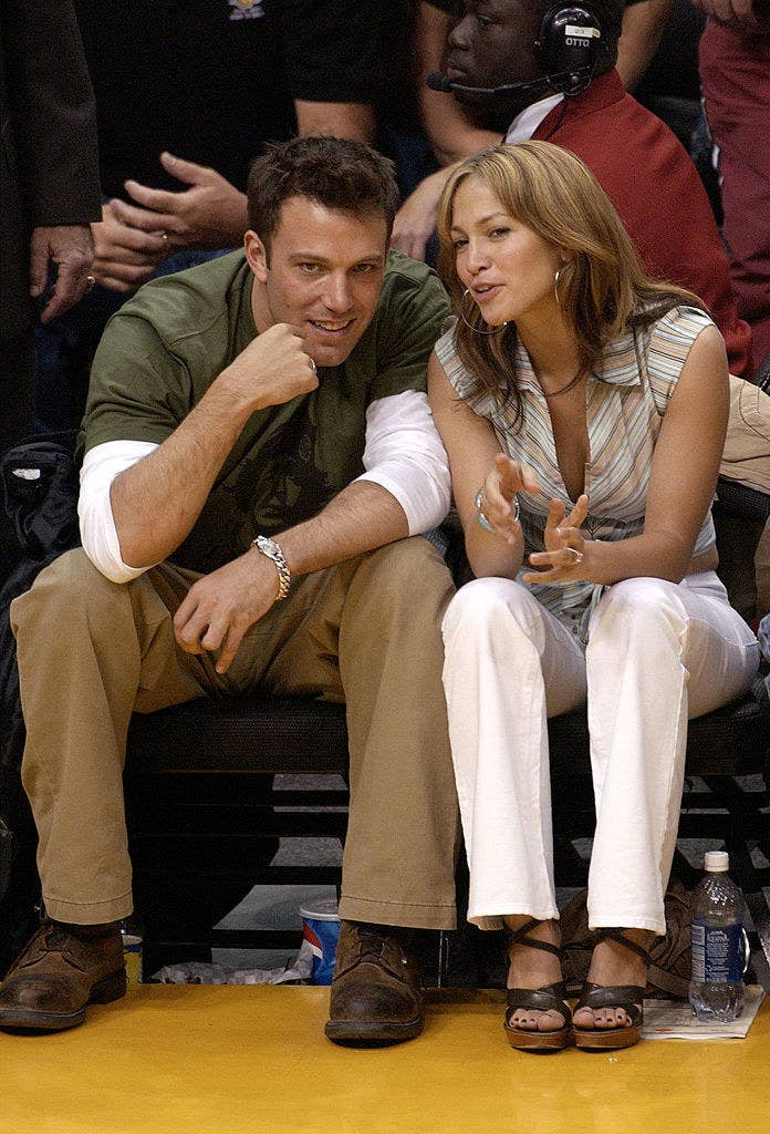 Ben Affleck and Jennifer Lopez at a Lakers game in 2003