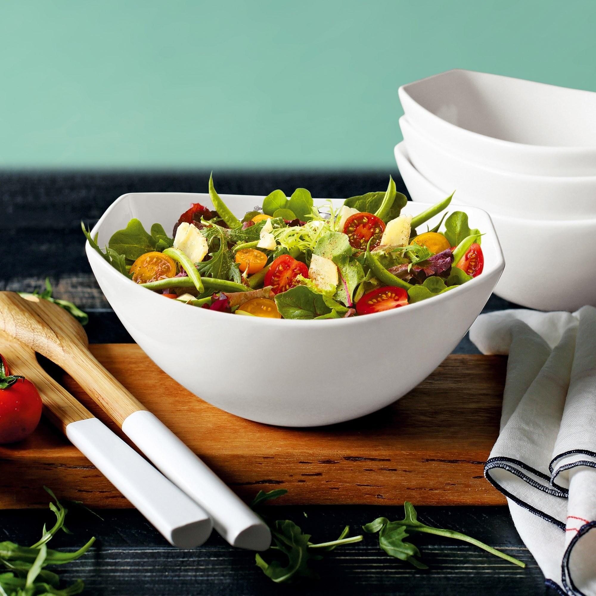 Serving bowl with salad inside