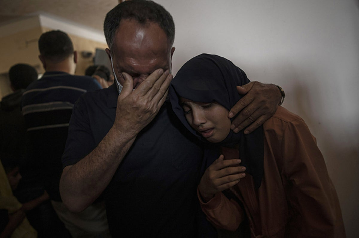 Photo of Deadly Israeli-Palestinian violence in photos