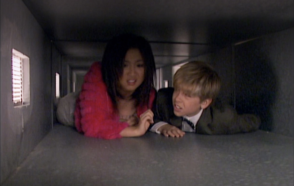 London and Zack could both crawl in the same duct without issue