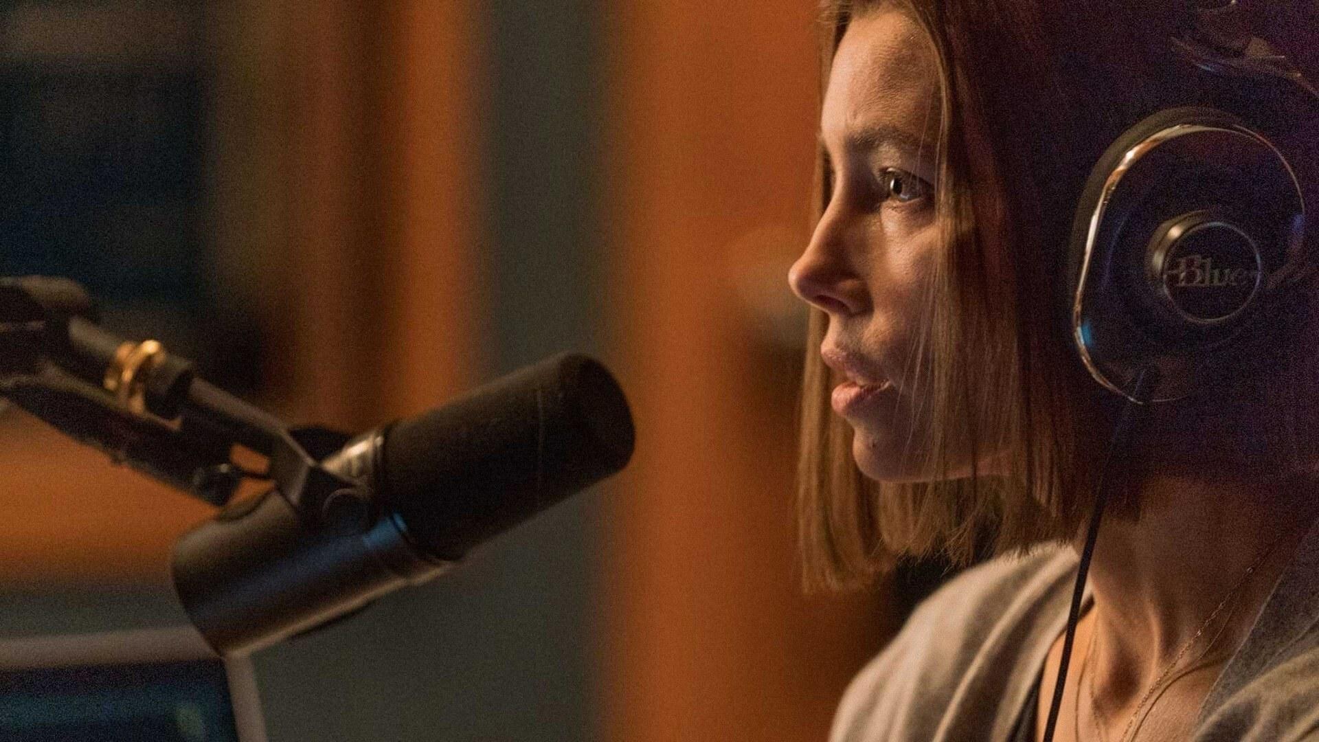 Jessica Biel talking into a microphone