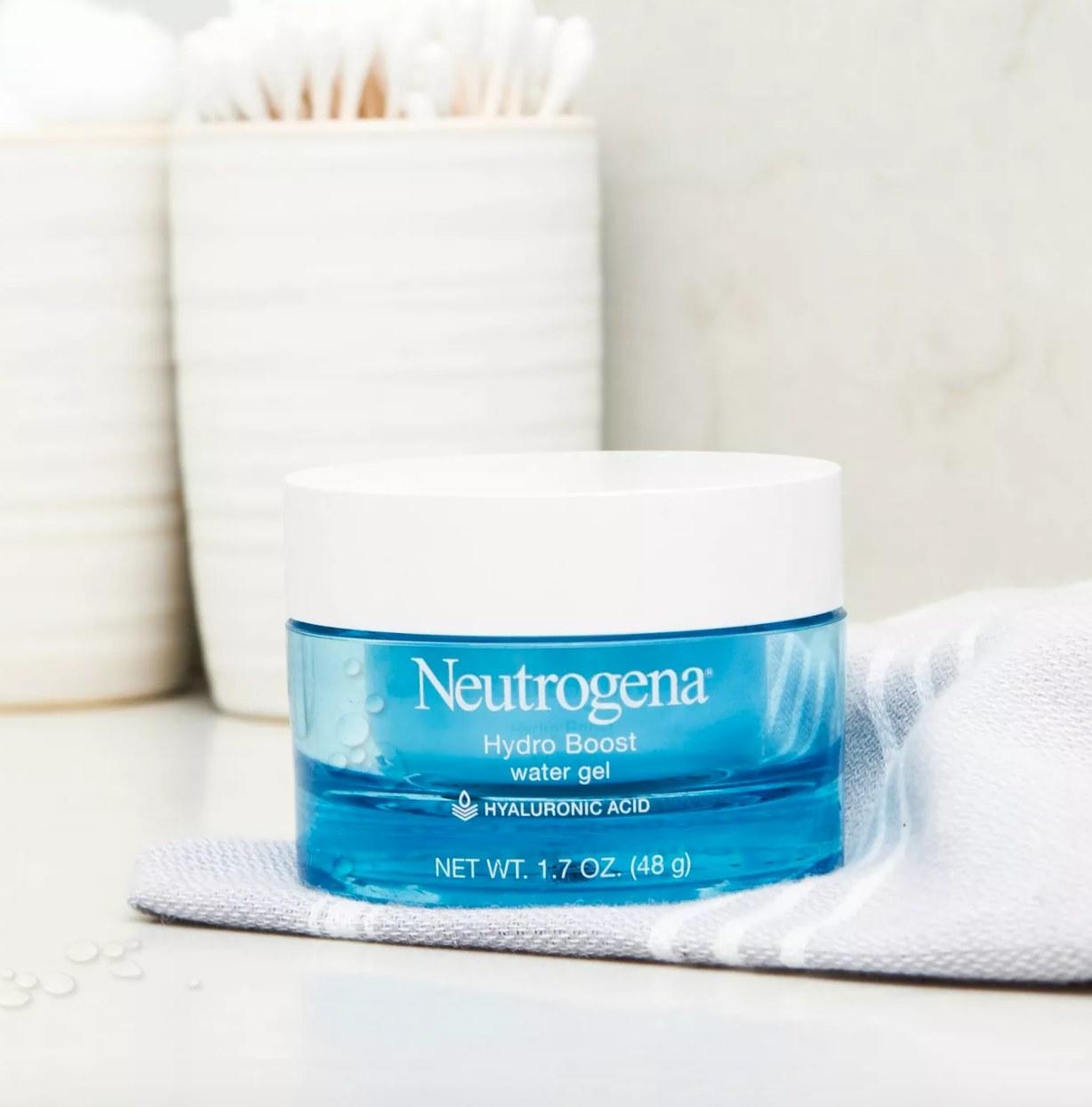 neutrogena hydro boost on towel