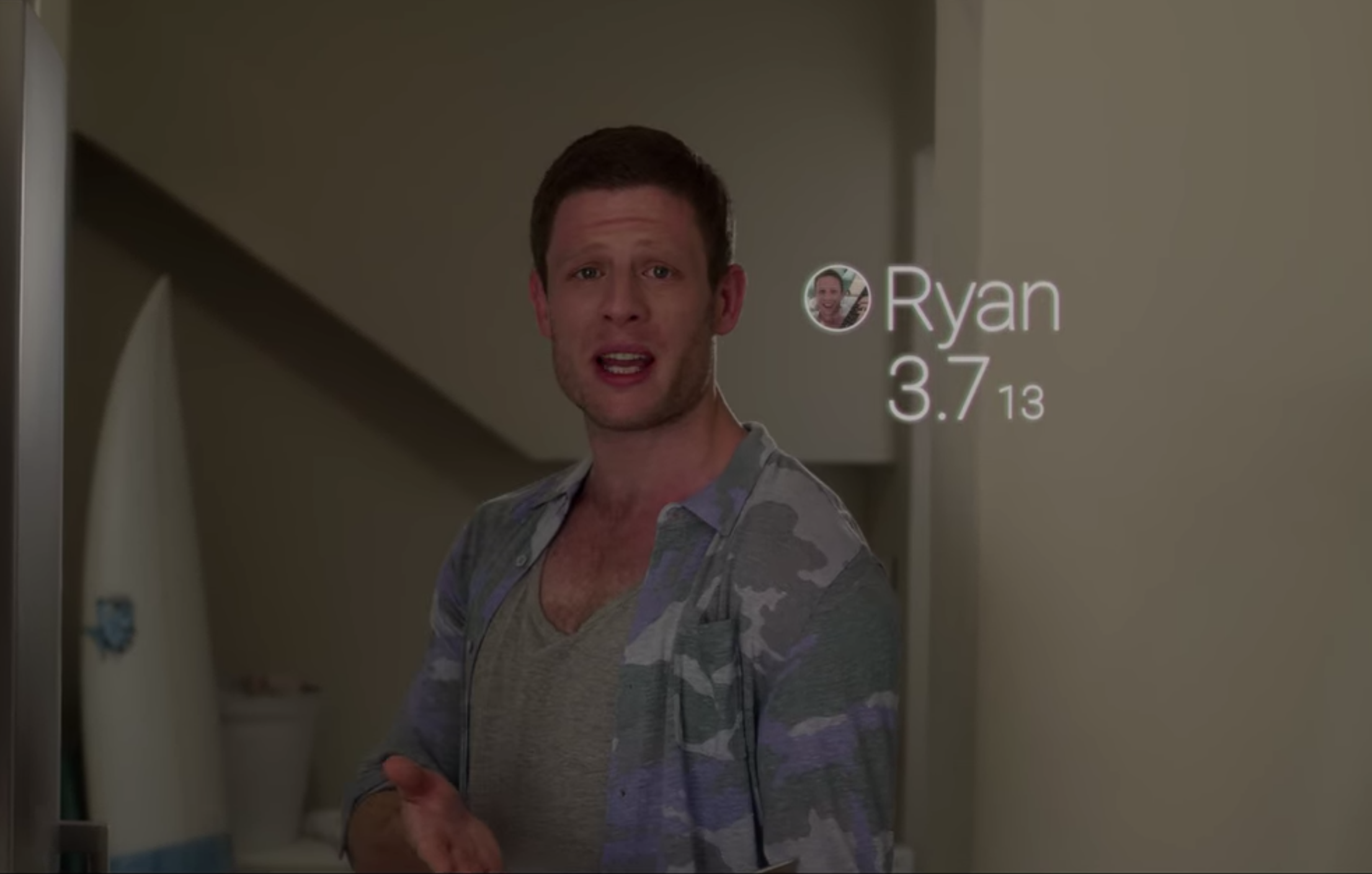 """Ryan in """"Black Mirror"""" with his ranking on screen: a """"3.713"""""""