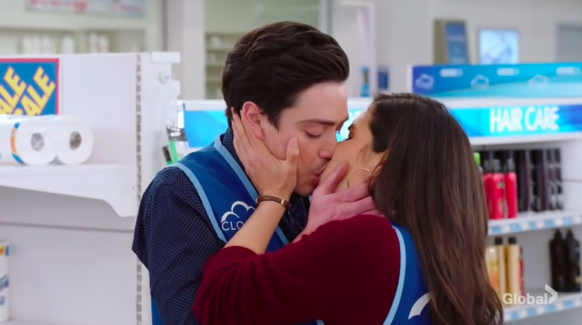 Jonah and Amy reunite and kiss in finale