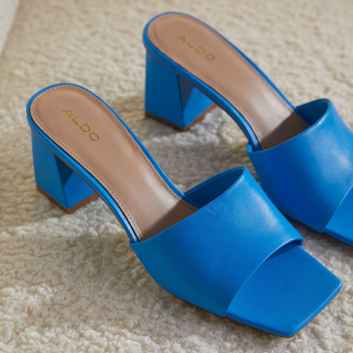the blue sandals