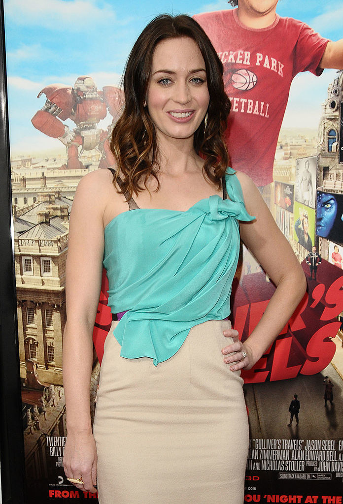 """Emily Blunt attends the premiere of """"Gulliver's Travels"""""""