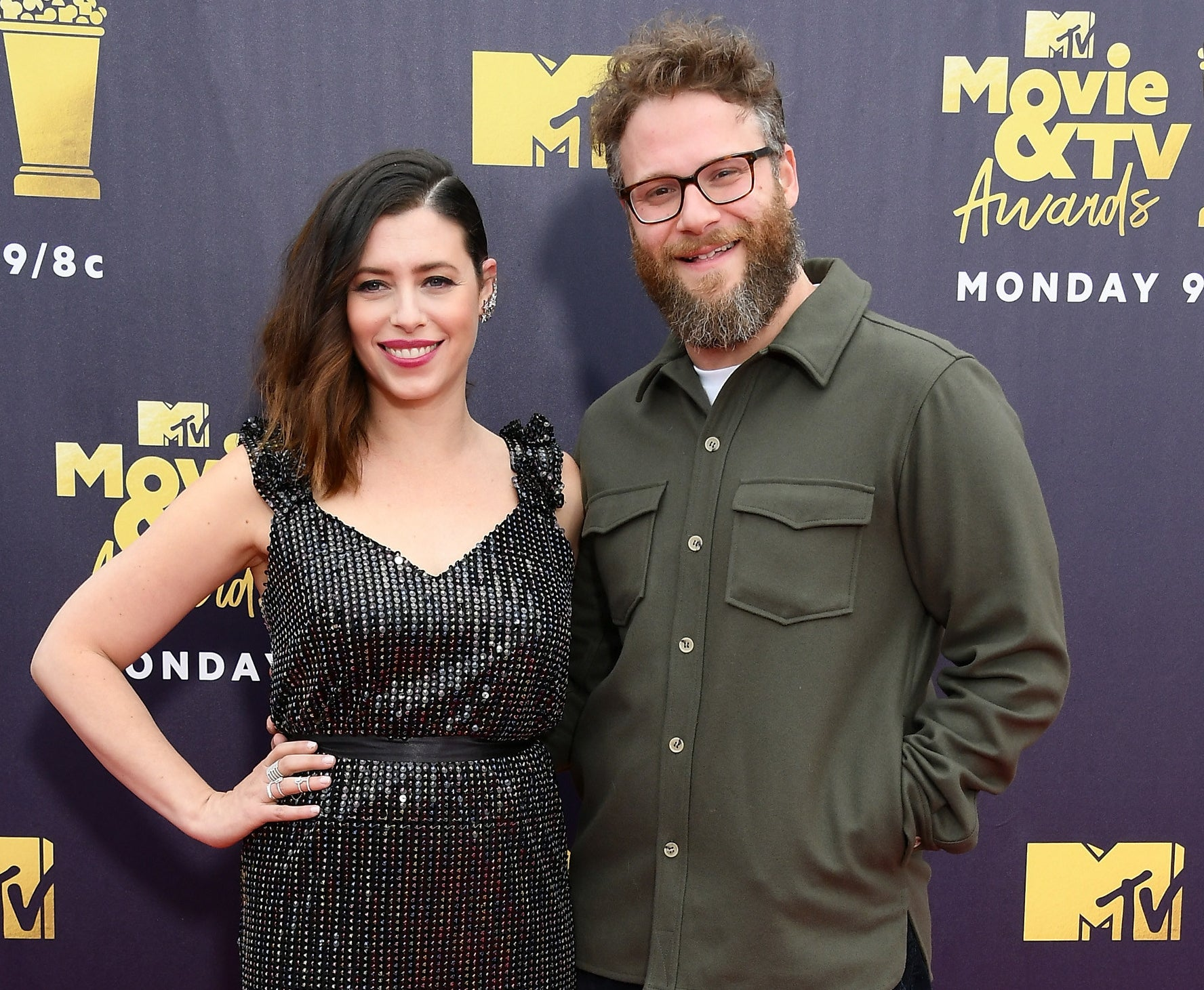 Seth and Lauren attend an awards show