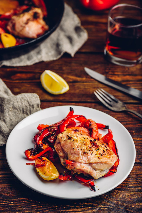 Roasted chicken thighs with red pepper