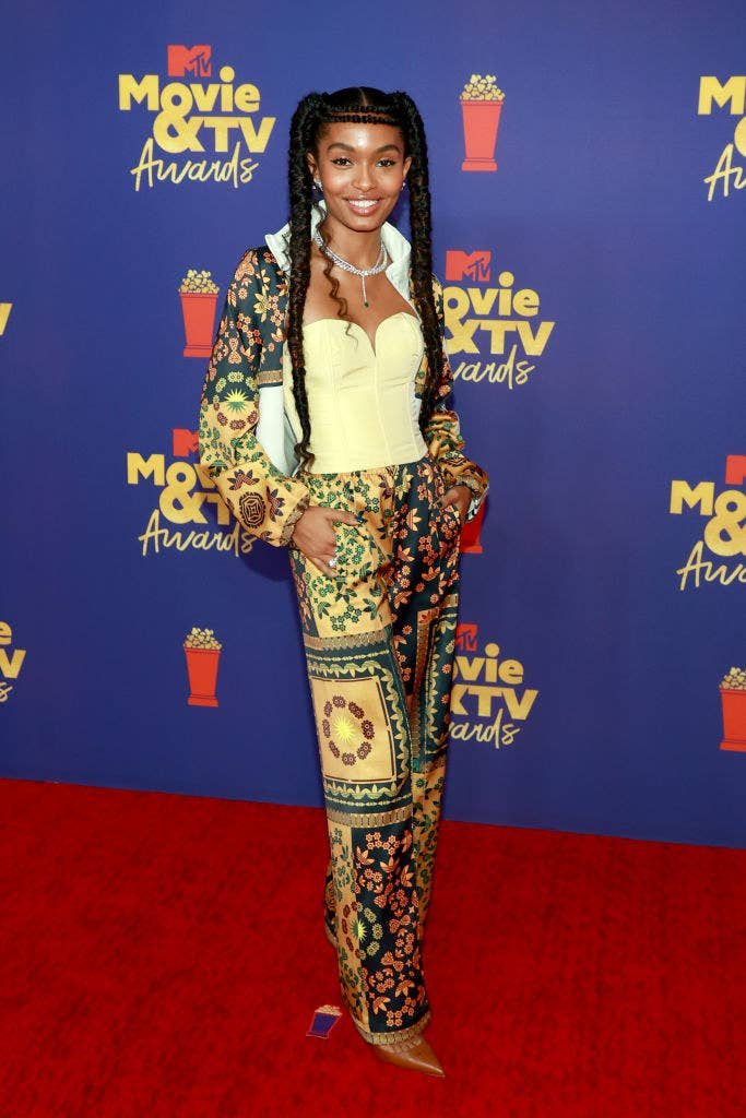 Yara wore a bustier and patterned pants with heels