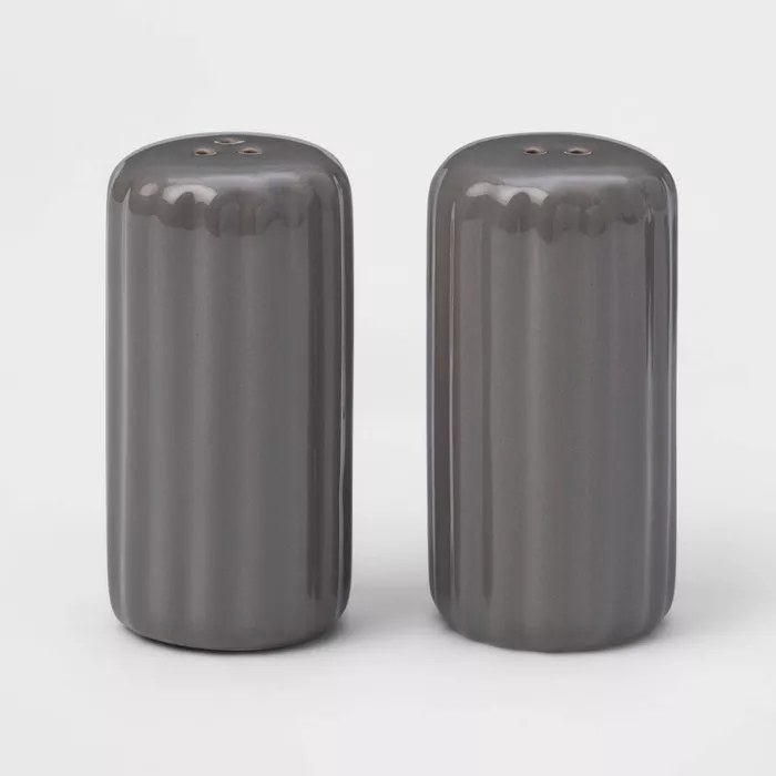 The gray salt and pepper shakers
