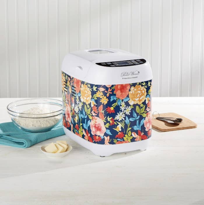The bread maker with a floral pattern on it