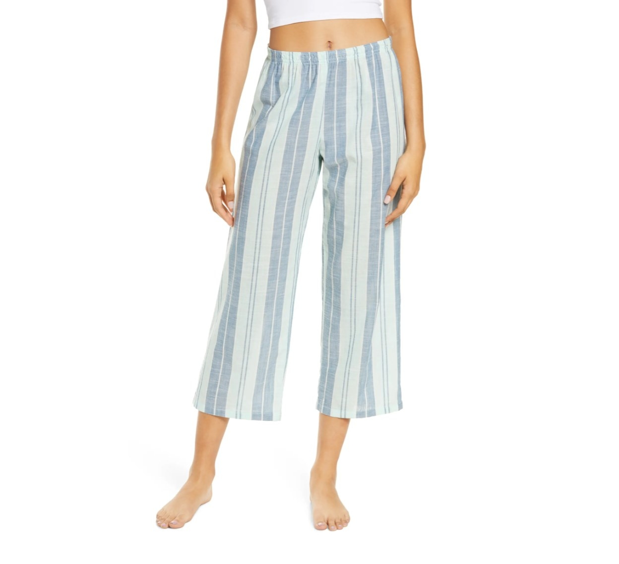 The pair of boyfriend woven cropped pants in green yucca emmy stripe