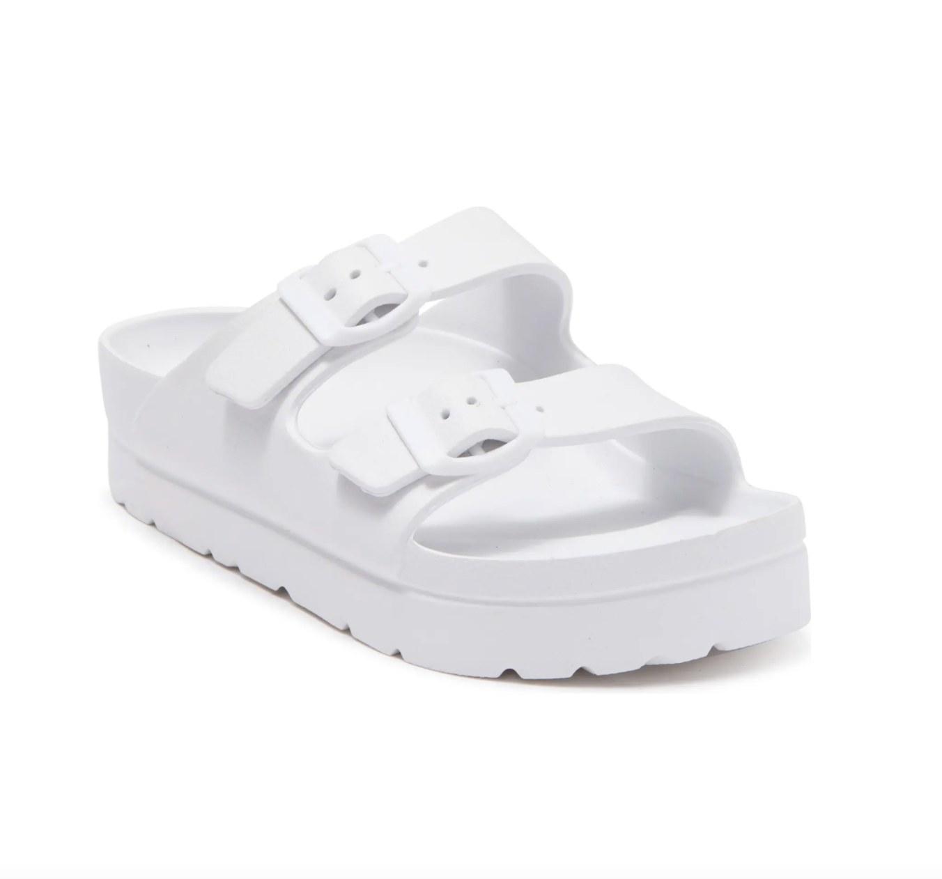 The flatform sandal in white