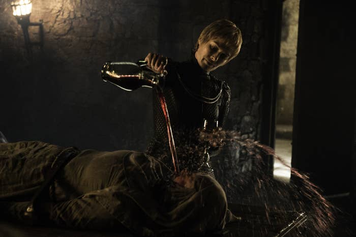 """lena headey pouring wine on hannah waddingham in """"game of thrones"""""""