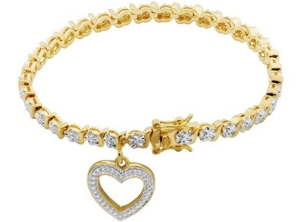 the heart charm bracelet